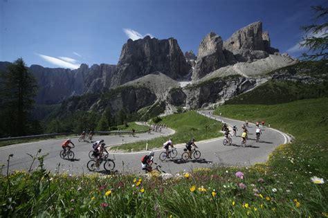 dolomite mountains xo private giro d italia climbs dolomites bike dolomite mountains