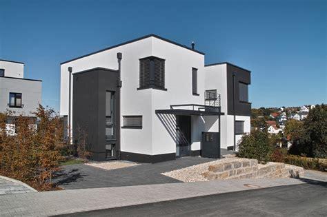 fassadenfarbe schlamm einfamilienwohnhaus idstein modern haus fassade