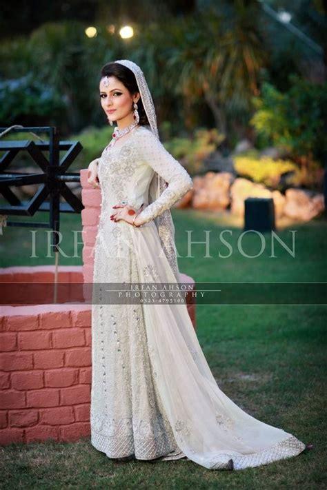 white cream inspirational pakistani bridal outfits