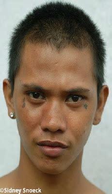 teardrop tattoo under eye meaning teardrop tattoo tattoo designs
