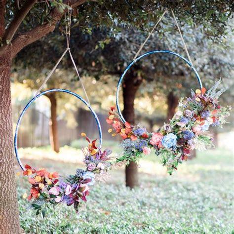 Delightful Large Outdoor Christmas Wreaths #1: Diy-hula-hoop-wreath.jpg