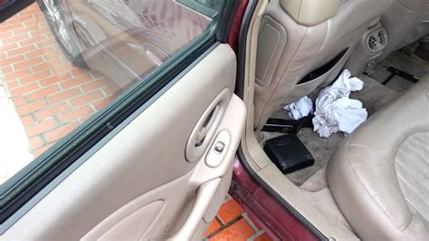 Squeaky Car Door by Loud Squeaky Car Door Hinge