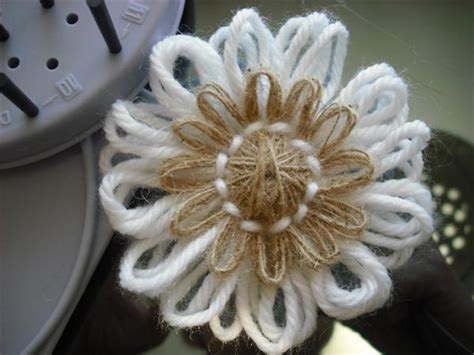 fiori di con telaio flower loom il telaietto che fa i fiori il della simo