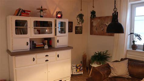 Wohnzimmer Einrichten Landhaus by Uncategorized K 252 Hles Ideen Wohnzimmer Einrichten
