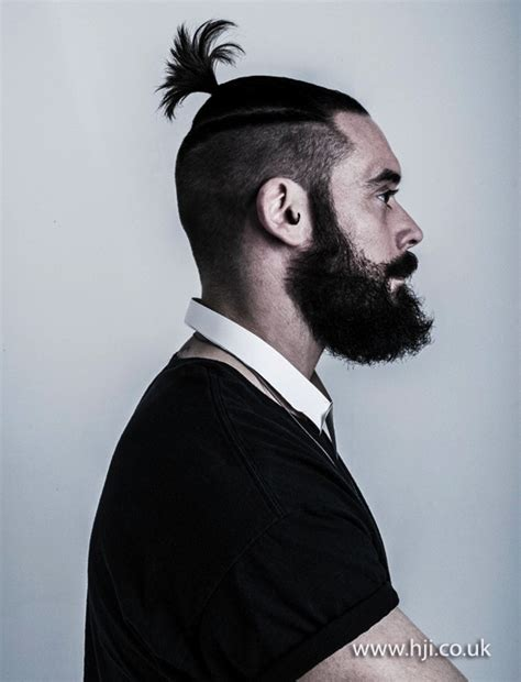 ponytail on top short on sides 2014 mens short ponytail ontop shaved sides hji