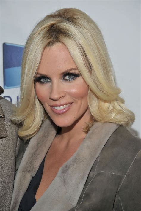 current pictures of jenny mccarthys hair jenny mccarthy short hair jenny mccarthy hair zimbio