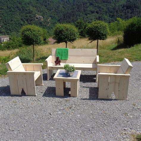 meuble de jardin bois salon de jardin en bois massif meubles et rangements par lechambon