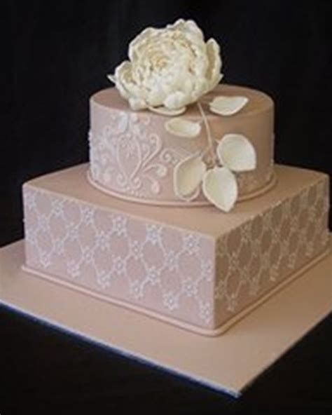 Wedding Bells On Cake by Bell S Cakes Wedding Cakes Norlane Easy Weddings