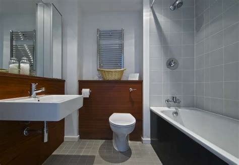 Ways To Make A Small Bathroom Look Bigger by Simple Decoration Tricks To Make Your Bathroom Look Bigger