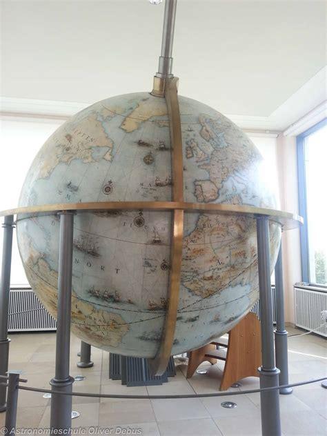 beleuchtung 17 jahrhundert der gottorfer riesenglobus astronomieschule
