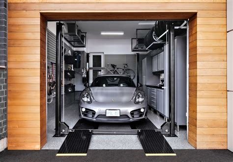a one car garage thats fit for two the diamond plate