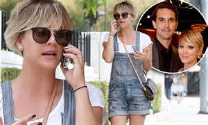 haircut by husband kaley cuoco says husband ryan sweeting loves her pixie
