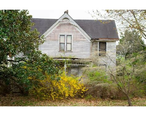 farmhouse for sale in indiana farm house here in evansville indiana that i took buildings evansville