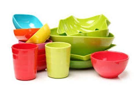 Wadah Makanan Plastik Yang Aman wadah plastik makanan picu risiko hipertensi dan diabetes republika