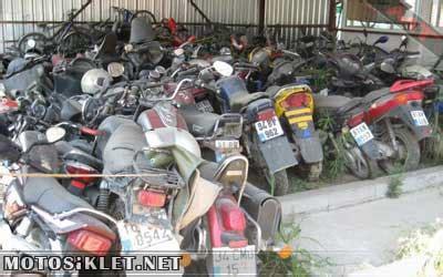 yediemin depolari motosiklet mezarligina doendue