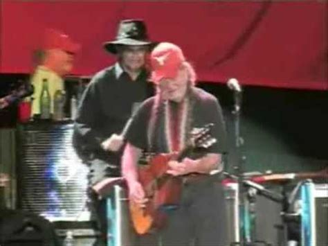 Willie Nelson Backyard Willie Nelson On The Road Again At The Backyard Show