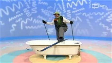 il mondo di elmo il bagno tv il mondo di elmo 15 il bagno il mondo