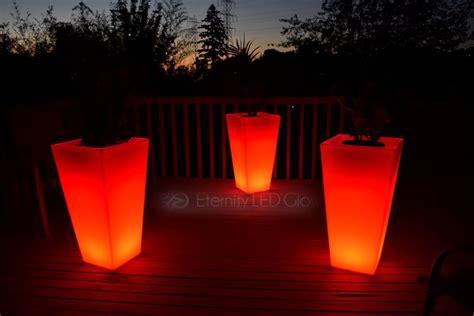 Light Up Planters by Light Up Flower Pot 31 Quot Led Flower Pot Glow Planter