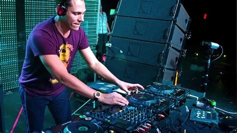 wallpaper android dj download dj tiesto live wallpapers hd for android dj