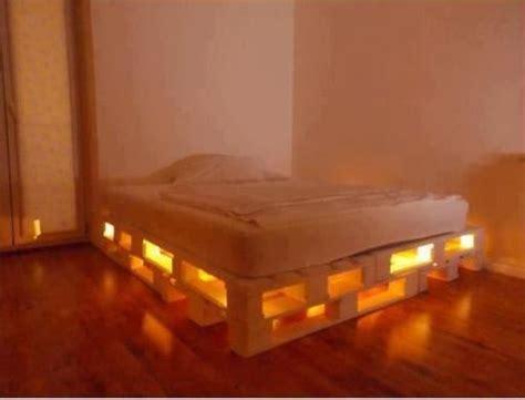 Light Up Bed Frame Diply Diy Glowing Led Pallet Bed Crafts