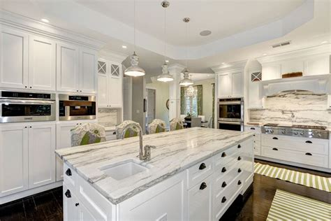 25 Beautiful Transitional Kitchen Designs (Pictures) Designing Idea