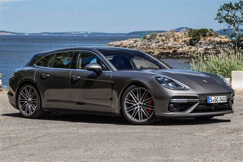 Porsche Panamera Motoren by Porsche Panamera Reviews Car And Driver Autos Post