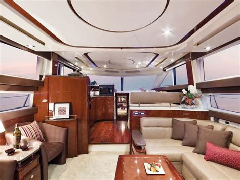 meridian  sedan yachts  boats  sale