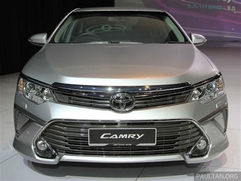 Toyota Camry Hybrid Malaysia 2015 Toyota Camry Launched In Malaysia New 6 Spd 2 0e