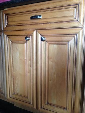 Maple Kitchen Cabinets For Sale Kitchen Cabinets For Sale Cabinets For Sale And Maple Glaze On