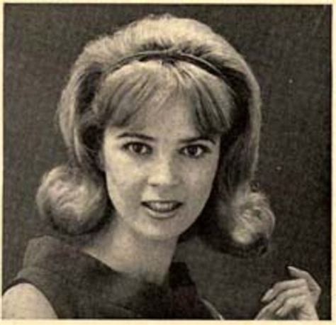 photos of 1960s womens pubic hair hairstyles 1900 2000 timeline timetoast timelines