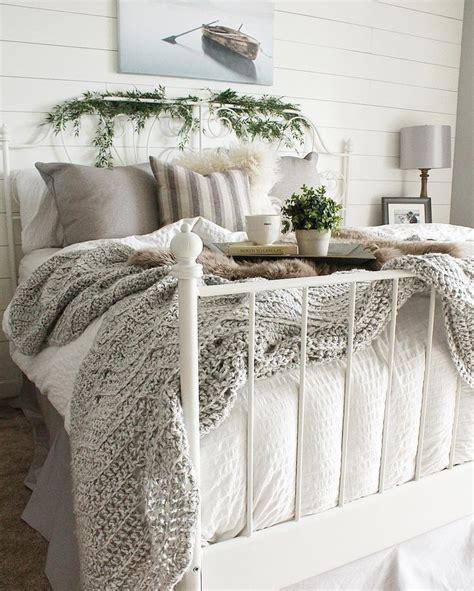 bedroom comforter ideas 25 best white bedding ideas on white