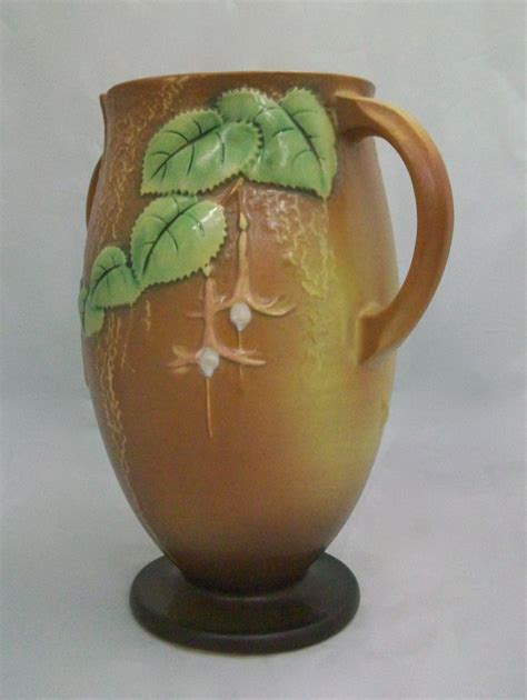 Value Of Roseville Pottery Vases by Roseville Fuchsia Vase 901 10 For Sale Antiques