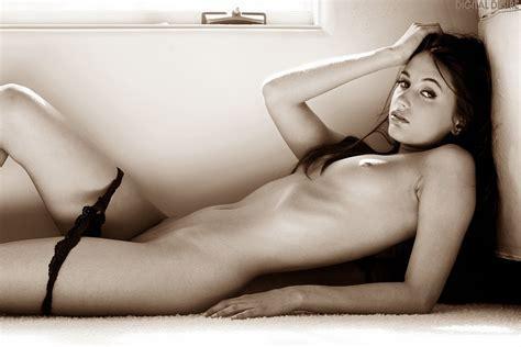 Sexy Chick Nude Girl Flachtitte String Tanga Brunette Babe Lowbird Com Der Lowe Bird F Ngt