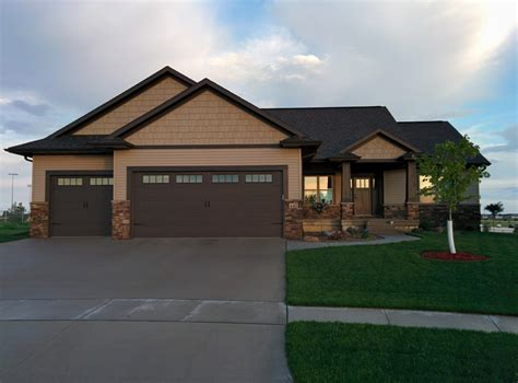 b hancock homes cedar rapids custom home builder 187 new