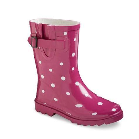 s novel dot boots target