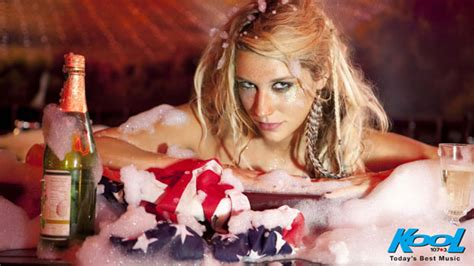 kesha in a bubble bath supplewine com