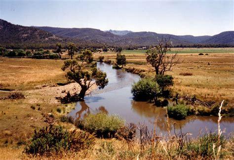 Of Tasmania Mba Ranking by Avoca Irelanders Exiles In Paradise