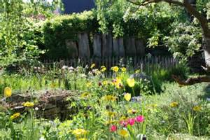 naturnaher garten naturgartenwettbewerb sch 246 nheit des eigenen gartens
