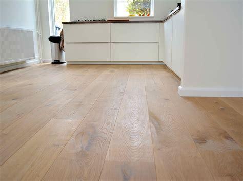eiken keuken bewerken houten vloeren blog eerst houten vloer of eerst keuken