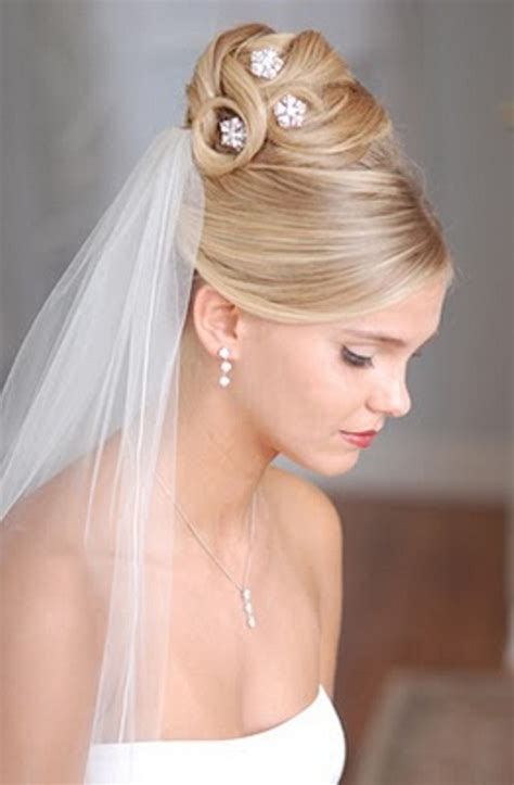 Wedding Hairstyles For Medium Hair With Veil by The Best Wedding Hairstyles For Medium Length Hair With