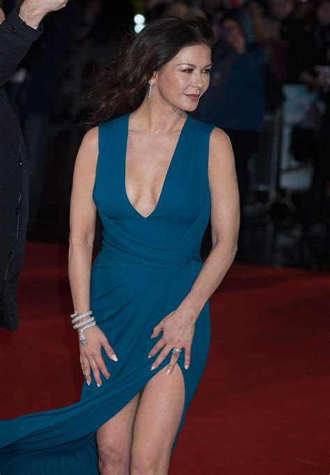 cathrine zeta catherine zeta jones at dad s army premiere in london
