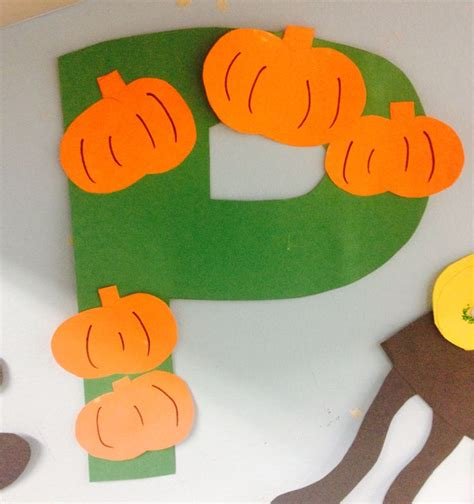 Fall Construction Paper Crafts - teap preschool a collection of education ideas to try