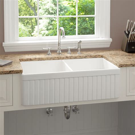 farmhouse kitchen sinks 33 inch baldwin double bowl fireclay farmhouse kitchen