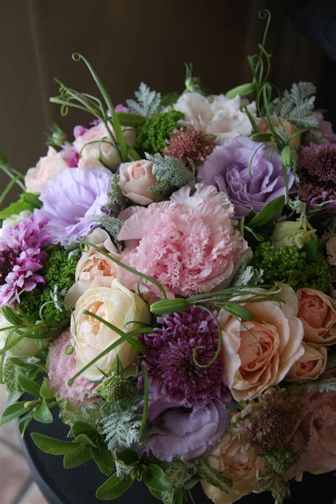 the amazing flower arrangements were created by florist in the 433 best amazing flower arrangements images on pinterest