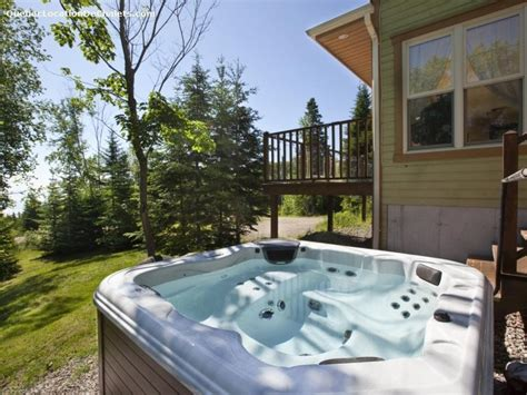 Cottages For 8 With Tub by Cottage Rental Qu 233 Bec Charlevoix Rivi 232 Re Fran 231 Ois Cottage Esc 8 With Tub Id