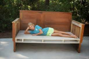 Diy Daybed From Bed 12 Diy Pallet Daybed Ideas 1001 Pallet Ideas