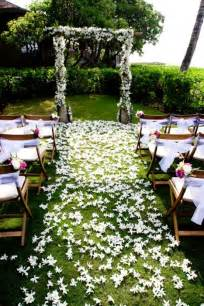 25 Best Outdoor Wedding Aisles by 25 Best Ideas About Outdoor Wedding Aisles On