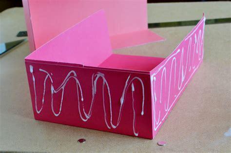 Gift Bags From Scrapbook Paper - diy scrapbook paper gift bags