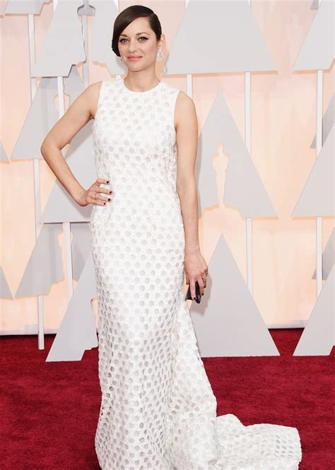 Oscars Carpet Marion Cotillard by Marion Cotillard In At Oscars 2015