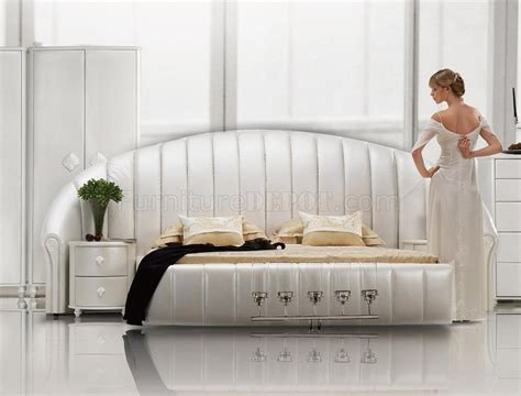 white tufted bedroom set white tufted leatherette modern bedroom set